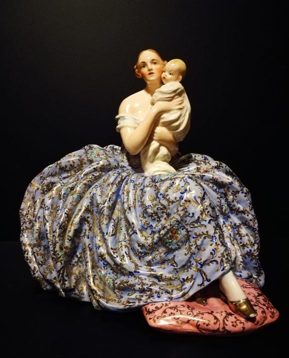 La dama con bambino
